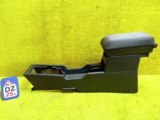 Бардачок между сиденьями передний NISSAN XTRAIL 2001