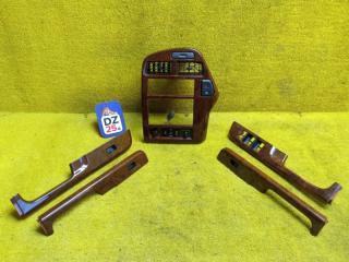 Консоль магнитофона передний NISSAN TERRANO REGULUS 1998