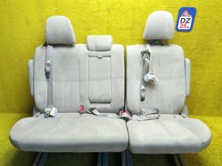 Сидение Toyota Estima AHR20W 2AZFXE 2009 задн.