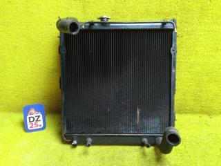 Радиатор основной передний TOYOTA LAND CRUISER PRADO 1993