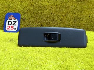 Блок управления стеклоподъемниками передний левый TOYOTA RAV4 1994