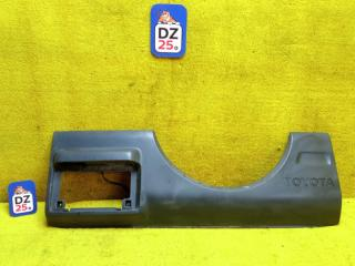 Накладка на дверь багажника задняя TOYOTA RAV4 1994