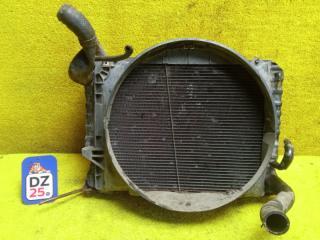 Радиатор основной передний TOYOTA HIACE 1994