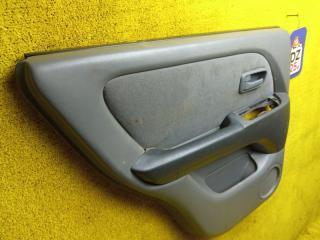 Обшивка дверей задняя левая TOYOTA HARRIER ACU10 5SFE