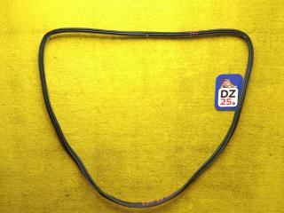Запчасть уплотнительная резинка багажника задняя NISSAN LEAF 2013