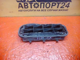 Решетка вентиляционная задняя Renault Symbol 1 1997-2007