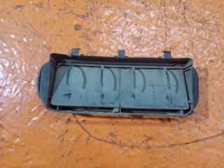 Решетка вентиляционная задняя левая Renault Symbol 1 2002-2007