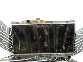 Радиатор охлаждения двигателя Toyota Carina