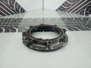 Крышка коленвала Mazda Titan