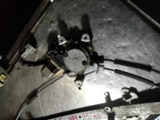 Мотор стеклоподъемника передний левый NISSAN BLUEBIRD  SYLPHY
