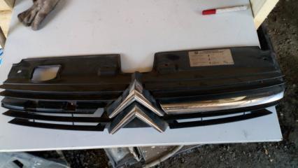 Решетка радиатора Citroen C5 2001-2004