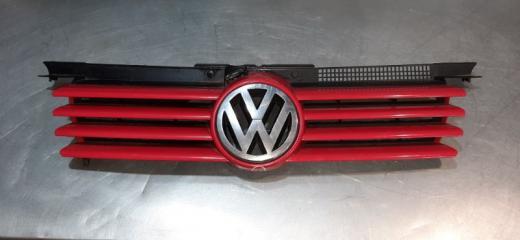 Решетка радиатора Volkswagen Bora 2005