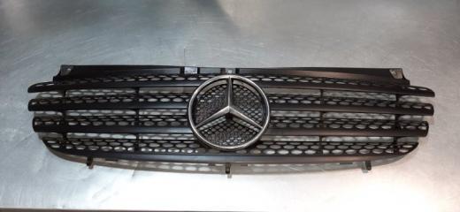 Решетка радиатора Mercedes-Benz Vito 2003-2009