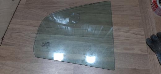 Запчасть стекло (форточка) заднее правое Skoda Octavia 1997-2005