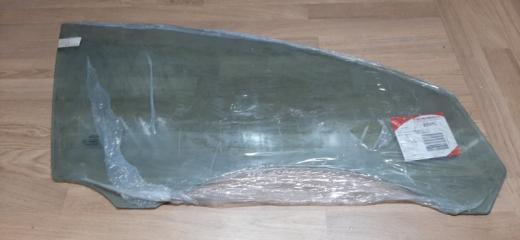 Запчасть стекло двери переднее правое Volvo S40 2006