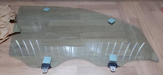 Запчасть стекло двери переднее правое Nissan X-Trail 2007-2014