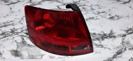 Запчасть фонарь задний левый Audi A4 2005-2007