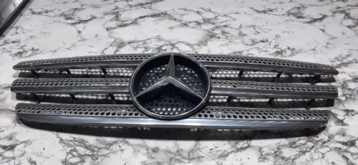 Решетка радиатора Mercedes-Benz M-Class 2000