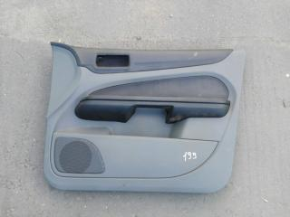 Обшивка двери передняя правая Ford focus 2 2008-2011