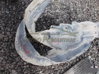 Подкрылок передний правый TOYOTA CARINA