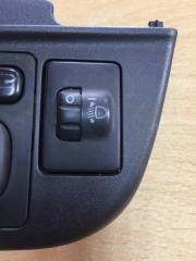 Кнопка корректора фар Toyota Aqua 2012