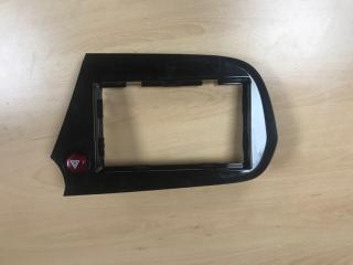 Запчасть рамка магнитофона Honda Insight 2009