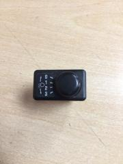 Запчасть кнопка корректора фар Nissan Terrano 2002
