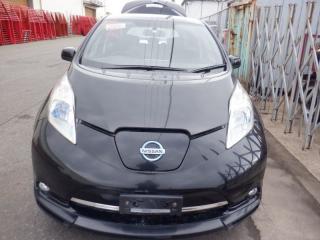 Лобовое стекло переднее Nissan LEAF 2013