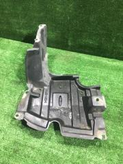 Запчасть защита двигателя передняя правая Toyota Aqua 2015