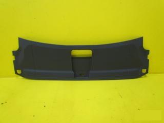 Запчасть накладка замковой панели Audi Q3 2011-2017