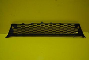 Запчасть решетка в бампер передняя Mitsubishi ASX 2010-2013