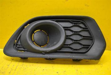 Запчасть решетка в бампер передняя правая Renault Sandero 2 2014-2018