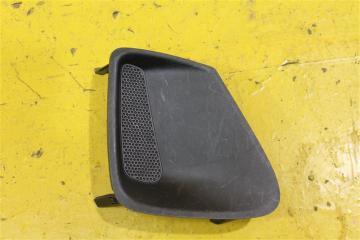 Запчасть накладка бампера передняя правая Toyota Corolla 2010-2013