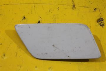 Запчасть крышка форсунки омывателя фар передняя правая Audi Q3 2011-2018