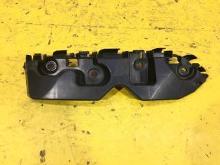 Запчасть кронштейн бампера передний правый Renault Duster 2015-2020