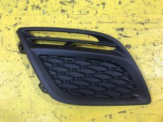 Запчасть решетка в бампер передняя правая Volvo XC60 2008-2013
