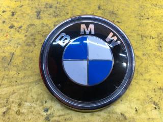 Запчасть эмблема крышки багажника задняя BMW X5 2013-2019