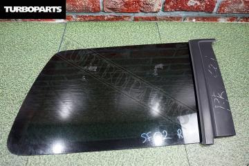 Запчасть стекло собачника заднее правое Subaru Forester 2001