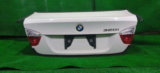 Запчасть крышка багажника BMW 320I