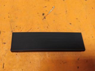 Запчасть накладка решетки радиатора Lexus LX 2015-н.в.