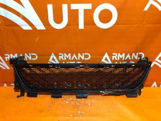 Запчасть решетка бампера передняя Renault Sandero 2013-2019