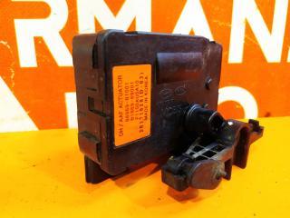 Мотор заслонки решетки радиатора G80 2016-нв 1