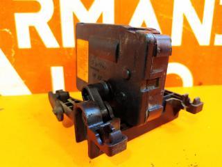 Мотор заслонки решетки радиатора Genesis G80 1
