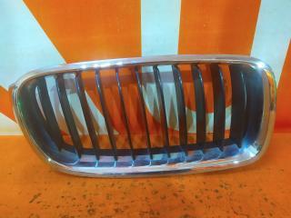 Запчасть решетка радиатора правая BMW 3 series 2011-нв