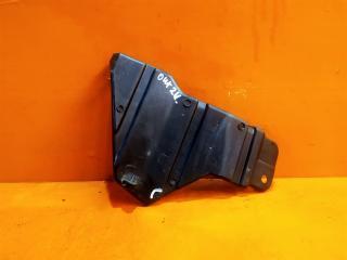 Запчасть кронштейн решетки радиатора правый Mitsubishi Outlander 2012-нв
