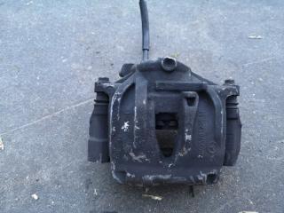 Суппорт тормозной передний левый MERCEDES E-CLASS 2006