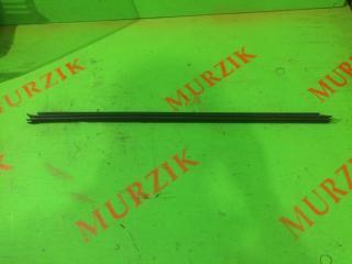 Запчасть уплотнитель стекла передний левый MERCEDES E-CLASS 2006