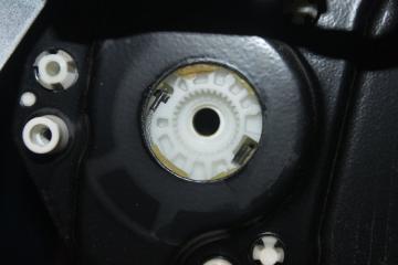 Стеклоподъемник задний правый MERCEDES E-CLASS 2004