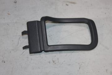 Запчасть накладка ручки двери передняя левая MERCEDES V-CLASS 2001