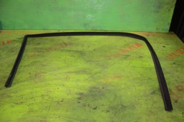 Уплотнитель стекла передний левый MERCEDES E-CLASS 2008